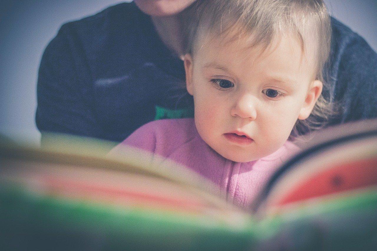 bebe lectura