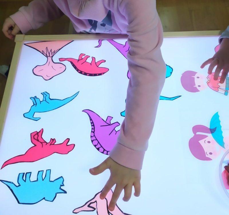 plantilla-dinosaurios-colores