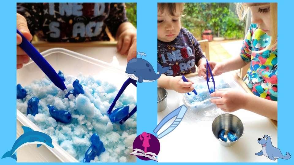 Niños jugando a pescar